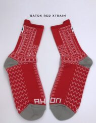 Batok Red xtrain socks